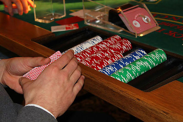 professional quality casino chips and equipment